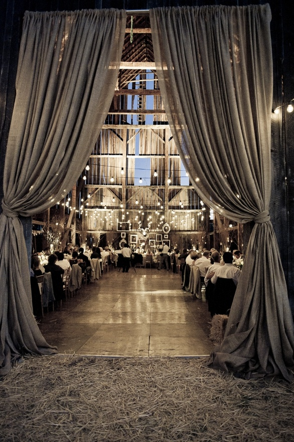 Elegant Barn Weddings & Ideas
